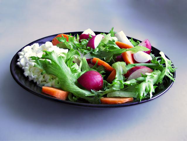 light-radish-salad-1319822-639x479